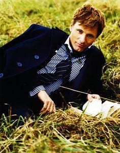 Viggo...♥ : For a chance to meet him, vote for Viggo Mortensen at http://CelebCharityChallenge.org !