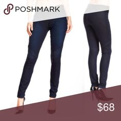 """PAIGE Denim """"Glam Rock"""" Blue JEGGING Leggings NEW! BRAND NEW!! PAIGE Denim """"Glam Rock"""" Blue JEGGING:  Wash: Blue (""""Surface No Whiskers"""") Features: - Banded waist - Seam details - Approx. 10"""" rise, 30.5"""" inseam - Made in USA Fiber Content: 88% cotton, 10% PES, 2% elasterell Additional Info: Fit: this style fits true to size. Jeans Skinny"""