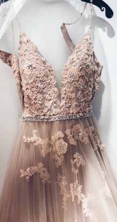 Sweetheart Spaghetti Straps Lace Appliques Prom Dress, Formal Evening Dress - B. - Sweetheart Spaghetti Straps Lace Appliques Prom Dress, Formal Evening Dress – Ballkleid – Source by - Formal Evening Dresses, Elegant Dresses, Pretty Dresses, Beautiful Dresses, Evening Gowns, Formal Prom, A Line Dress Formal, Formal Dance Dresses, Awesome Dresses