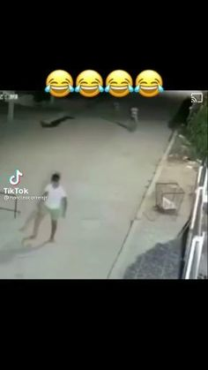 Very Funny Memes, Crazy Funny Videos, Funny Videos For Kids, Funny Video Memes, Funny Animal Videos, Funny Relatable Memes, Funny Jokes, Funny Films, Funny Comments