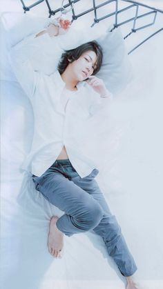 Sexy turtle <3 Seriously, he looks so perfect. So perfect. T^T Kazuya Kamenashi