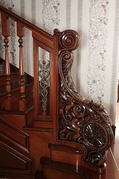Tile Stairs, Glass Stairs, Wooden Stairs, House Stairs, Hardwood Stairs, Victorian Interiors, Victorian Homes, Grand Staircase, Staircase Design