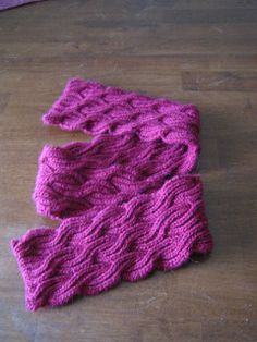 Reversible Cabled Brioche Stitch Scarf | by fireflowerknits