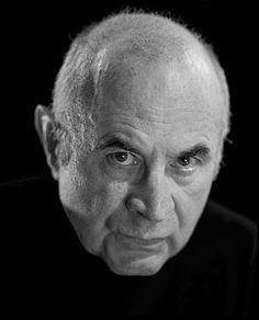 Bob Hoskins (1942-2014)