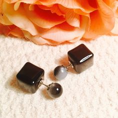 Closing Closet Double Sided Earrings Square shaped and iridescent  grayish black color. Very beautiful Jewelry Earrings