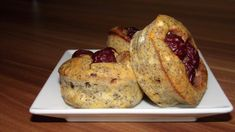 Mákos-meggyes zabmuffin :: dietaénigyszeretlek.hu Diabetic Recipes, Diet Recipes, Healthy Recipes, Healthy Lifestyle, French Toast, Muffin, Food And Drink, Low Carb, Tasty