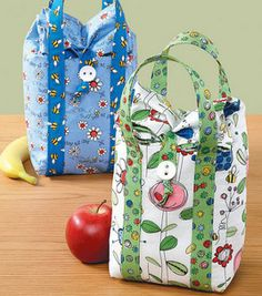 Cute-Enough-to-Eat Lunch Bags . so cute I cant wait to make one - Lunch Bag - Ideas of Lunch Bag Sewing Hacks, Sewing Tutorials, Sewing Crafts, Sewing Projects, Fabric Crafts, Sewing Patterns, Lunch Bag Tutorials, Sac Lunch, Diy Sac