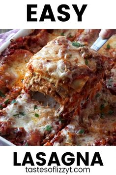 Easy Lasagna Recipe,This easy no boil lasagna recipe uses two meats and three cheeses for amazing flavor. Your favorite jarred spaghetti sauce keeps it simple! Lasagna With Ricotta Cheese, Cottage Cheese Lasagna Recipe, Easy Lasagna Recipe With Ricotta, Homemade Lasagna Recipes, Classic Lasagna Recipe, Baked Lasagna, Lasagne Recipes, Lasagna Casserole, Pasta House Lasagna Recipe
