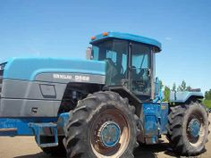 New Holland 9682 tractor salvaged for used parts. Call 877-530-4430 http://www.TractorPartsASAP.com
