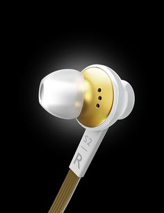 3D product renderings for Philips Fidelio S2 in-ear headset