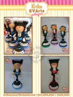 Krika EVArts nasceu em 2008.   Karine Ferrão ou Krika como é conhecida, é professora e começou a trabalhar com artesanato como hobby...