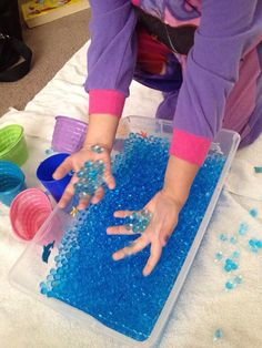 Under the Sea Sensory Bin made with 4 liters by Sensationalsenses Under The Sea Crafts, Under The Sea Theme, Sea Activities, Christmas Activities, Seaside Theme, Hobbies For Couples, Hobby Kits, Water Animals, Rainbow Fish