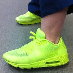 Men's shoes, bold, daring, lime, fitness