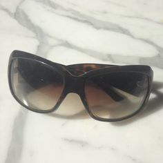 Dior sunglasses Brown, previously owned, good condition, tortoise brown Dior Accessories Sunglasses