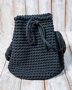Umhängetaschen - Torebka sznurkowa w kolorze czarnym - ein Designerstück von Mayalove- bei DaWanda Shops, Designer, Beanie, Etsy, Handmade, Fashion, Bags, Moda, Tents
