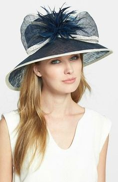 Nordstrom Bow Derby Hat looks great with long hair Fancy Hats, Cute Hats, Derby Attire, Ascot Hats, Crazy Hats, Beauty And Fashion, Derby Day, Kentucky Derby Hats, Church Hats