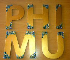 Phi Mu Gold & Gem Wooden Sorority Letters I like this Idea for dz Phi Sigma Sigma, Alpha Omicron Pi, Delta Phi, Kappa Kappa Gamma, Gamma Phi Beta, Kappa Alpha Theta, Alpha Chi Omega, Phi Mu Crafts, Sorority Crafts