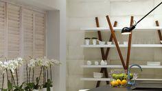 Vuelve el estilo del Renacimiento.  Venis reinterpreta la solemnidad de la cerámica mayólica renacentista para su nueva colección de #revestimientos: Aqua Porcellana