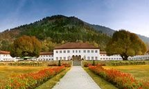 """Lalit Grand Palace Srinagar,. Kashmir is becoming the dream destination not only for the people of India but also for the world..! Its really a            """" Paradise On Earth """""""