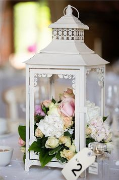 A lovely creative way to decorate the table - beautiful