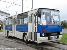 Bahnen und Busse - Ikarus 260 im Straßenbahnmuseum Dresden - Foto und Elektronische Postkarte