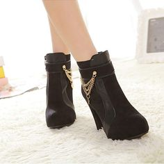 Thick high heel metal beautiful chain decorate women martin short ankle boots has fashion new design and beautiful chain decorate, which can make you legs more charming. Short Ankle Boots, Calf Boots, Over The Knee Boots, Bootie Boots, Martin Short, Motorcycle Boots, Designer Boots, Boots Online, Metal Chain