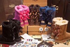 Best uggs black friday sale from our store online.Cheap ugg black friday sale with top quality.New Ugg boots outlet sale with clearance price. Cheap Snow Boots, Ugg Snow Boots, Kids Ugg Boots, Mens Snow Boots, Snow Boots Outfit, Winter Boots Outfits, Fall Outfits, Tan Boots, Outfit Winter