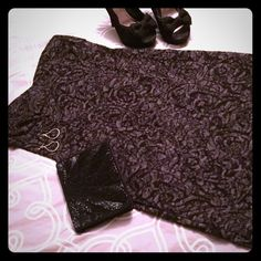 Lace Body Hugging Dress *Lace Body Hugging Dress.                                   *Gray and Black Lace.                                            *Size 1X.                                                                   *Never worn. Dresses Strapless