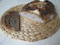 Ořechový chléb (Bread with Nuts) Sourdough Recipes, How To Make Bread, Bread Baking, Banana Bread, Sandwiches, Food And Drink, Cupcakes, Favorite Recipes, Cooking