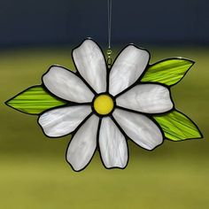 Stained glass white daisy flower suncatcher, stain glass white daisy ornament on Etsy
