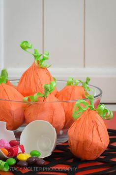 DIY Halloween Party Favors Pumpkin Craft for class parties. #SweetOrTreat #foodallergy #nutfree #peanutfree #cbias #shop #craft #diy #halloween @SamsClub - Fancy Shanty