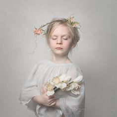 #fotografia_sylwia_sobota #childrenphotography #kidsphotoshoot #girl #portrait #indoorsession