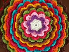 Gorgeous crochet from Brazil.  Unfortunately, the site is not in English. :(  It's still a great crochet site!
