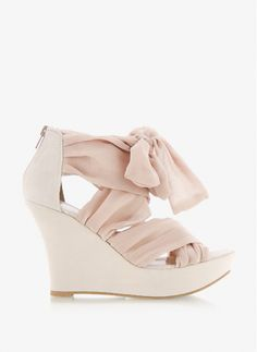 SMW6 Nude Wedges