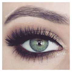 THE EYE LOOK WITH THE EYELINER IN THE WATERLINE IS ALL THE RAGE.  F9LLOW FOR MORE UP DATES