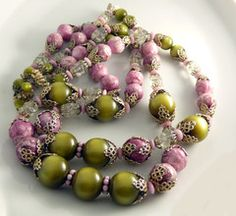 Vintage Hobe Chunky Parure, Pink, Olive Green and Clear Beads, Matching Necklace, Bracelet and Clip Earrings - Vintage Lane Jewelry - 2