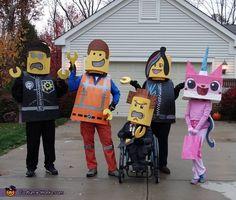 Lego Movie Family - Halloween Costume Contest via Emmet Costume, Lego Movie Costume, Lego Halloween Costumes, Halloween Inspo, Halloween Costume Contest, Halloween Make, Halloween Movies, Costume Ideas, Halloween 2018