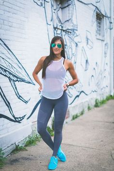 3 week clean eating plan, three week slim down guide, 3 week slim down guide, weekly workout routine, weekly meal prep ideas, activewear, alo moto leggings, athleisure outfit, athleisure fashion, fitness, fitspo, three week diet plan, 21 day diet, 21 day slim down, 21 day meal prep, fitness blogger, kentucky fashion blogger // grace wainwright a southern drawl