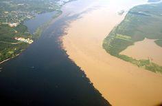 Encontro do Rio Solimões com o Rio Negro