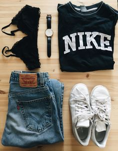 Bought at a thriftstore: An oldskool nike brand tee and levi's jeans, combine with stan smiths and a DW watch and you're good to go #springinspiration