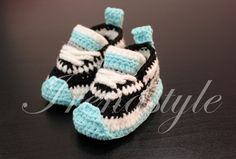 MADE TO ORDER  Crochet baby sneakers crochet baby by Irenastyle