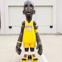 MINDstyle x NBA Los Angeles Lakers Kobe Bryant 7 Foot Statue (gold)