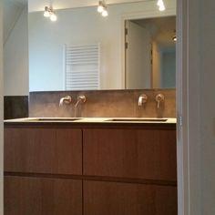 Home - Ben Scharenborg realiseert Wooncomfort Paella, Bathroom Lighting, Mirror, Furniture, Home Decor, Bathroom Light Fittings, Bathroom Vanity Lighting, Decoration Home, Room Decor