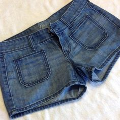 NWOT! Old Navy Jean Shorts I wore these a handful of times, too short for my liking. Great condition, no signs of wear and tear. Old Navy Shorts Jean Shorts