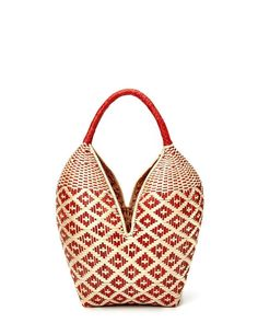 Red, Handwoven organic straw basket bag for women. paja tetera fiber crafted in Colombia. This fiber grows in the region of Cauca, an area today that has been taken over by the revolutionary armed forces. Basket Bag, How To Make Handbags, African Culture, The Borrowers, Hand Weaving, Instagram, Red, Accessories, Colombia