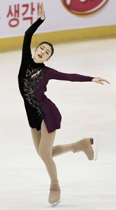 Figure Skating Queen YUNA KIM--Shoulda won 1st.