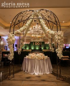 Aquafuzion Event Planners at the Pasadena Langham Hotel.. Photo by Gloria Mesa Photography #Idoevents #aquafuzion #landhampasadena #gloriamesaphotography
