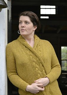 Folium Cardigan by Beatrice Perron Dahlen ~ cables are reversible!