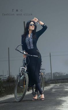 Black & white kurti !!!