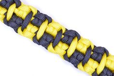 "How to Make ""The Cabbie"" Paracord Survival Bracelet - Bored Paracord"